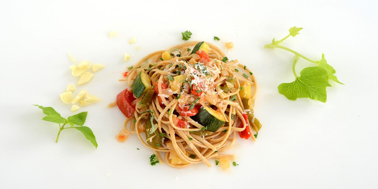 ROASTED RED PEPPER AND SQUASH MELANGE WITH WHOLE WHEAT PASTA